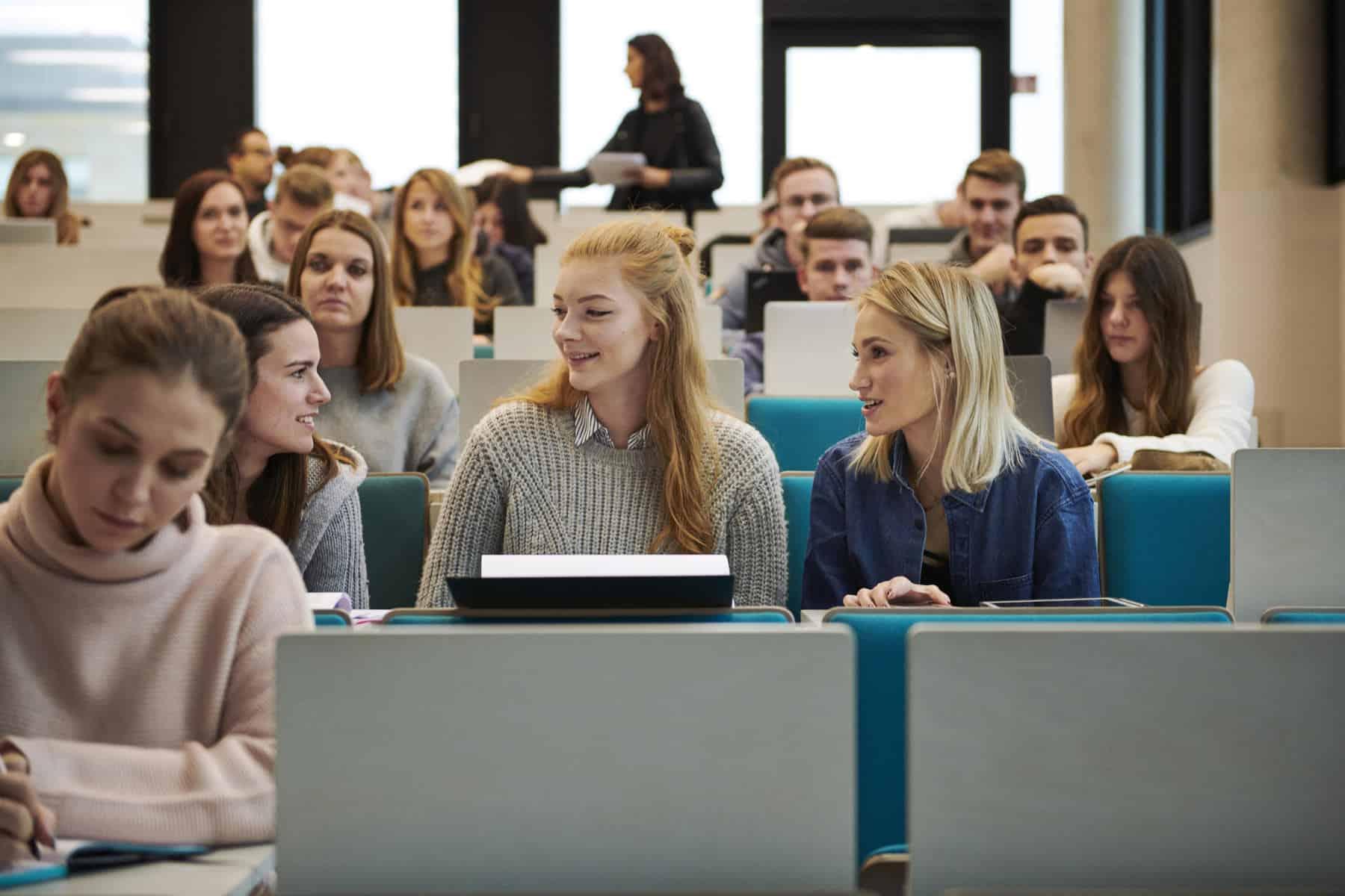Studium neben dem beruf an der fom hochschule wuppertal for Studium neben dem beruf