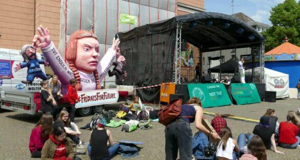 Friedliche XXL-Demo für Klimaschutz